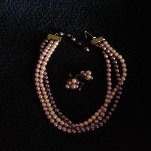 Jewelry - *Vintage* Necklace & Earrings (screw back)